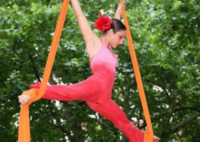 Acrobats in Portman Square