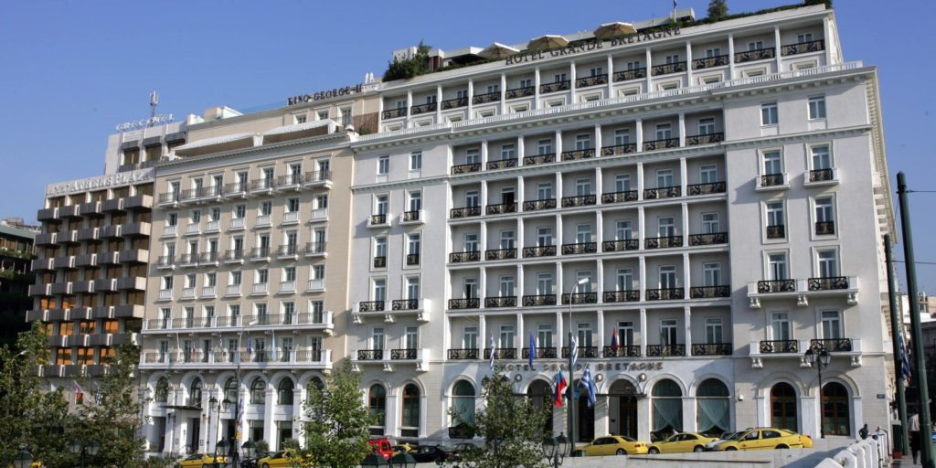 The Grand Bretagne Hotel in Athens cooks 10% more food for events than ordered to ensure there is left over food for the needy.